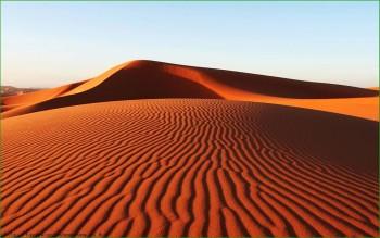 Поездка через Красную Пустыню в октябре с детьми фото
