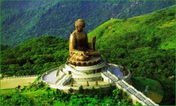Путешествие в октябре в Гонконг с детьми - Сидящий Будда фото