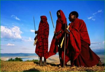 Масаи в февральской Танзании фото