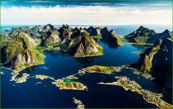 фьорды Лофотенских островов в апреле фото